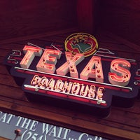 Photo taken at Texas Roadhouse by Frank G. on 4/14/2013