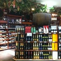 Foto tirada no(a) Bourbon Hipermercado por Gabriel F. em 12/29/2012