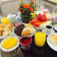 Foto tirada no(a) Jp Palace Hotel por ivone g. em 3/4/2015
