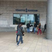 2/28/2014 tarihinde Kenan Mete İstanbulziyaretçi tarafından Türkiye İş Bankası'de çekilen fotoğraf