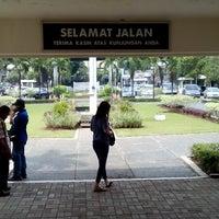 Photo taken at Samsat Jakarta Timur by Suzanne S. on 11/11/2013