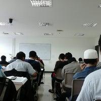 Photo taken at LIPIA (Lembaga Ilmu Pengetahuan Islam dan Arab) by Irvan F. on 3/4/2014