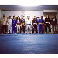 Photo taken at Escola de Jiu-Jitsu Azambuja Behring by Furo S. on 10/9/2013