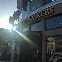 รูปภาพถ่ายที่ Richard Walker's Pancake House La Jolla โดย yukao เมื่อ 4/3/2018