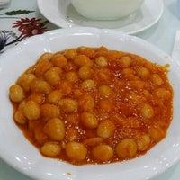 Photo taken at Makitat Resturant by Sebahattin Ş. on 10/24/2015