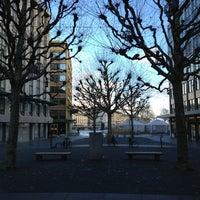 12/30/2012にChinaphong K.がPlace de la Fusterieで撮った写真