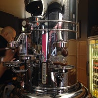 Photo prise au Caffè Vergnano 1882 par Alfama le9/26/2014