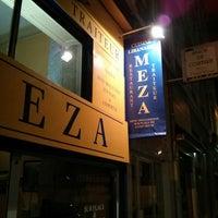 รูปภาพถ่ายที่ Meza โดย Pierre A. เมื่อ 9/13/2013