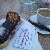 8/29/2013 tarihinde Sezen Y.ziyaretçi tarafından Ayşen Hanım Cafe'de çekilen fotoğraf