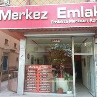 Photo taken at Merkez's Emlak by Selcuk &. on 5/27/2014