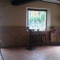 Foto tomada en Bar El Fronton por Santi S. el 8/12/2013