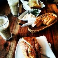 Das Foto wurde bei Café Estoril von Martin G. am 3/8/2014 aufgenommen