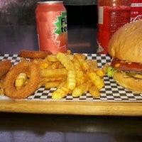 3/3/2017 tarihinde Cansu Ç.ziyaretçi tarafından That's Burger'de çekilen fotoğraf