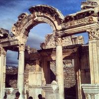 1/1/2013 tarihinde Fran D.ziyaretçi tarafından Efes'de çekilen fotoğraf