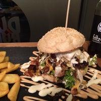 2/7/2015にSabine K.がDulf's Burgerで撮った写真