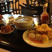 Photo taken at Ding Qua Qua by Kat C. on 2/12/2013