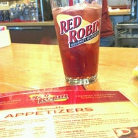 Photo taken at Red Robin Gourmet Burgers by Traci A. on 10/4/2012