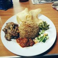 Photo prise au Kebab Casablanca par Hana F. le5/24/2013