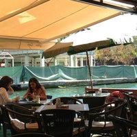 9/12/2013 tarihinde Mert Deniz K.ziyaretçi tarafından Göksu Cafe & Restaurant'de çekilen fotoğraf