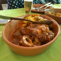 Foto tirada no(a) Tia Zelia Restaurante por Pedro C. em 7/26/2013