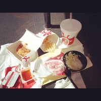 Photo taken at Chick-fil-A by Drew P. on 10/14/2014