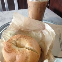 3/22/2013にRose d.がBrooklyn Bagel & Coffee Co.で撮った写真