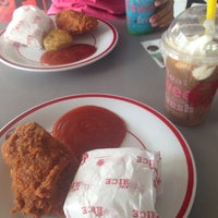 Photo taken at KFC by Luna D. on 3/26/2016