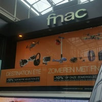 Photo taken at Fnac by Koenraad V. on 6/16/2017