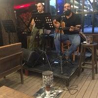 7/31/2017 tarihinde sinan b.ziyaretçi tarafından Mavi Cafe & Bistro'de çekilen fotoğraf
