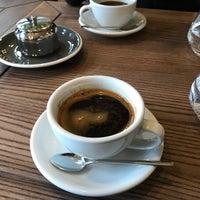 Снимок сделан в Cafe Select Eatery пользователем Burak A. 12/24/2017