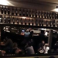 Foto tomada en Café Adonis 1940 por Xavi C. el 3/30/2013