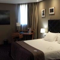 Photo taken at Hotel Silken Amara Plaza by Stephane on 8/15/2013