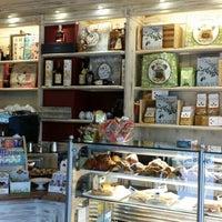 Foto scattata a Caffe Bargioni da Marat L. il 2/15/2014