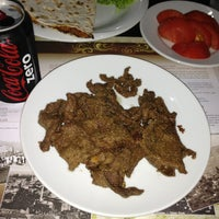 Photo taken at Tarihi Rumeli Üsküp İşkembecisi by Ayça U. on 10/13/2013