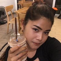 Photo taken at One Tea Coffee by Nupalmz L. on 7/25/2017