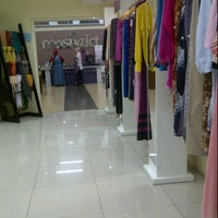 Photo taken at Moshaict - Moslem Fashion District Indonesia by Wulandari Permatasari on 7/22/2013
