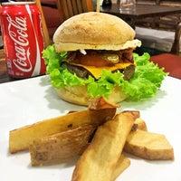Das Foto wurde bei Café Kairós von Fernando C. am 7/13/2016 aufgenommen