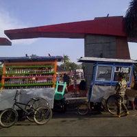 Photo taken at Alun-alun Majalengka by Sukma A. on 8/17/2013