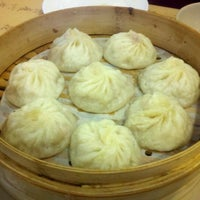 Photo taken at Shanghai Noodle House by Reza K. on 9/15/2012