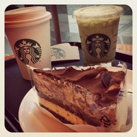 Photo taken at Starbucks by sujing y. on 9/13/2013