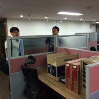 Photo taken at 온오프믹스 by MiKyung K. on 5/29/2014