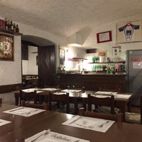 Photo taken at Pizzeria Da Giuliano by Mario G. on 9/23/2016