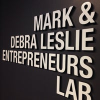 Foto tomada en NYU Leslie Entrepreneurs Lab por Frank R. el 9/19/2014