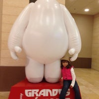 Photo taken at Cinemark by Herbert A. on 12/29/2014