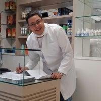 Photo taken at Pé & Pé Clinica De Podologia by Antonio D. on 8/10/2013