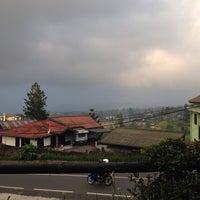 Photo taken at Ikan Bakar Alam Indah 1 by Erica L. on 8/9/2014