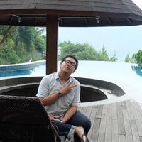 Photo taken at Jambu luwuk batu resort & convetion hall by Ervin Satya S. on 12/14/2016