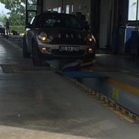 Photo taken at TÜVTÜRK Araç Muayene İstasyonu by Özgür Ceylan on 9/27/2017