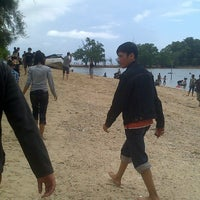 Photo taken at Pulau Putri by LYCKA L. on 8/18/2013