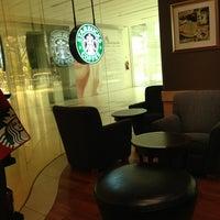 Photo taken at Starbucks by Diamond W. on 2/28/2013